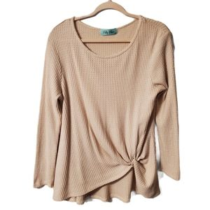 Filly Flair women's beige long sleeve top